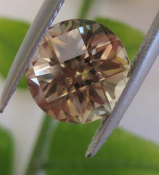 4.78 cts. Zultanite® Round Checkerboard 10mm