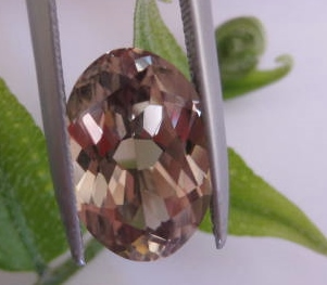 5.90 cts. Zultanite® Wobito Oval 14x10mm