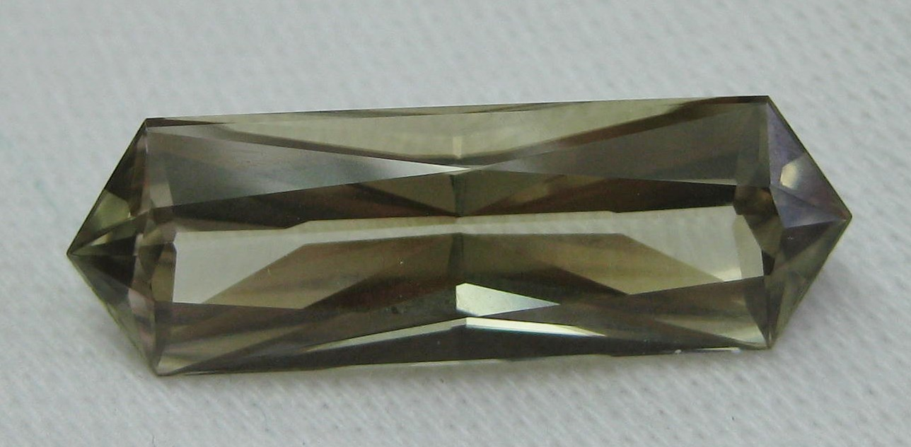 8.12 cts. Zultanite® Wobito Bowtie 23x7.5mm