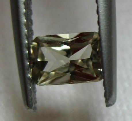 0.58 cts. Zultanite® Radiant Cut 6x4mm