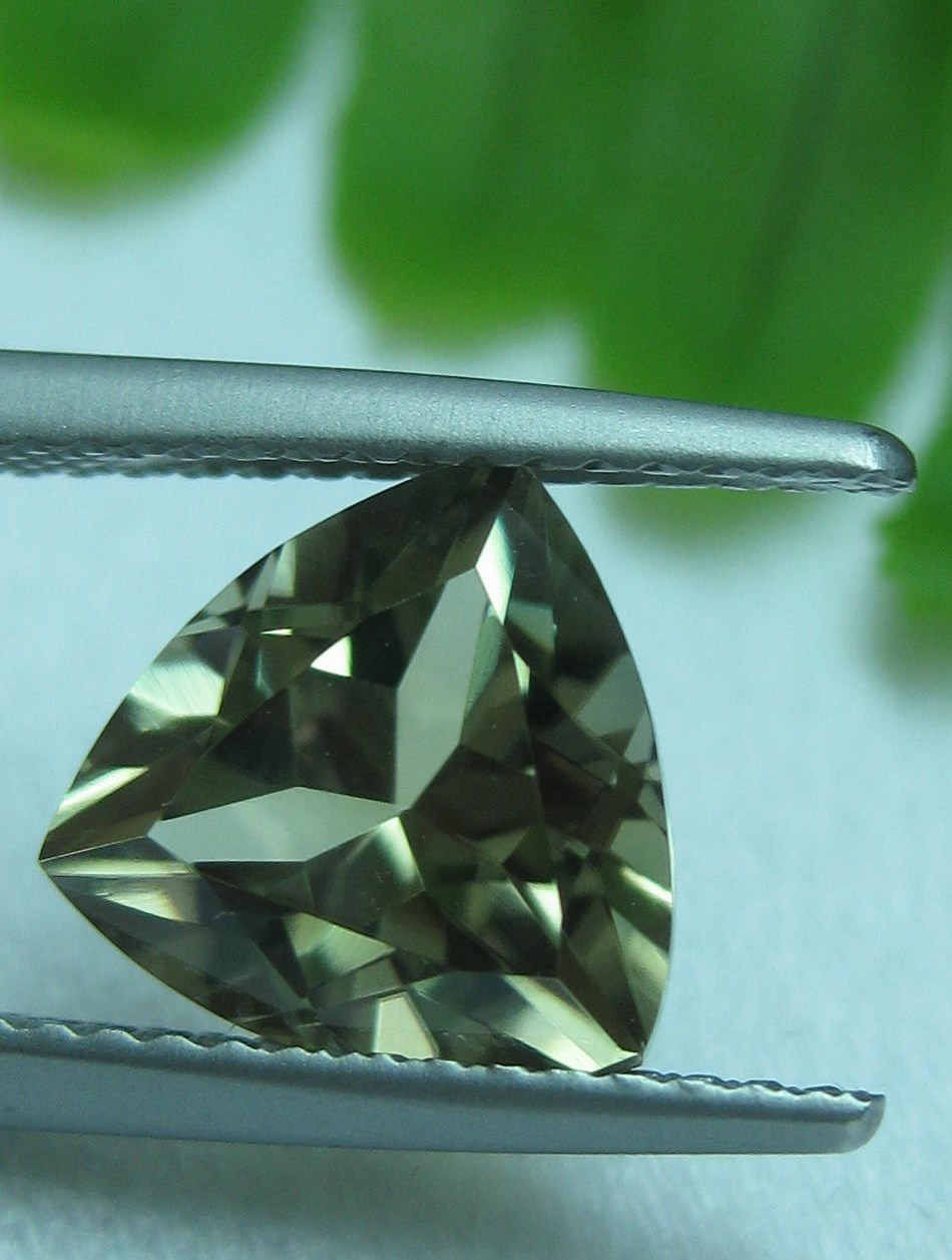2.96 cts. Zultanite® Trilliant Cut 9mm