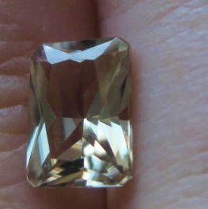 1.02 cts. Zultanite® Radiant Cut 7x5mm