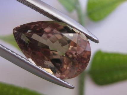 5.50 cts. Zultanite® Wobito Pear Shape 14 x 9.3x6.4mm