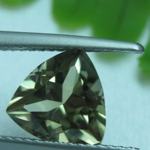 2.96 cts. Zultanite® Trilliant Cut 9mm