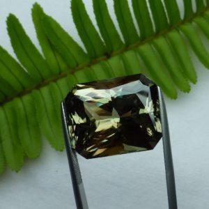 32.55 cts. Zultanite® Wobito Deep Radiant 20.7x17x11.7mm