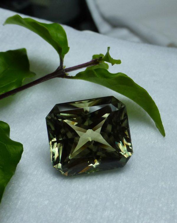 16.65 cts. Zultanite® Wobito Modified Emerald Cut, 15.7x14mm